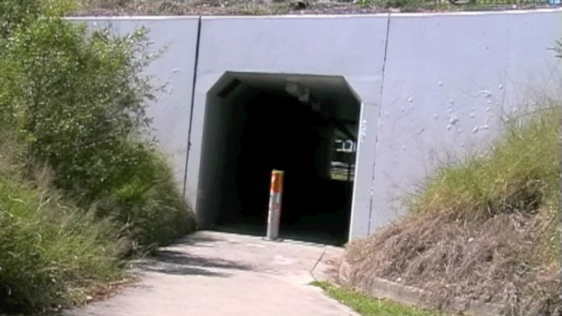 tunnel-2011-